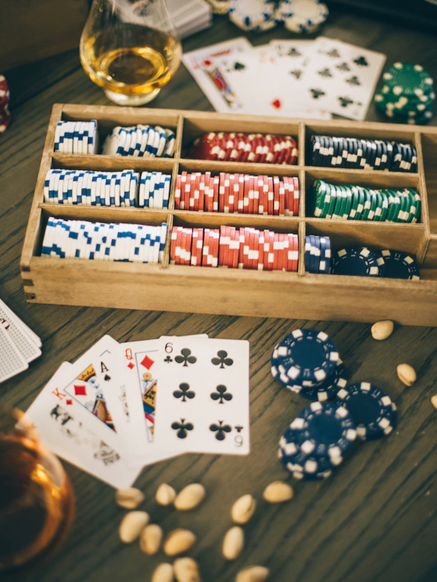 Dominoqq bets are easy for beginner gamblers to win on the internet