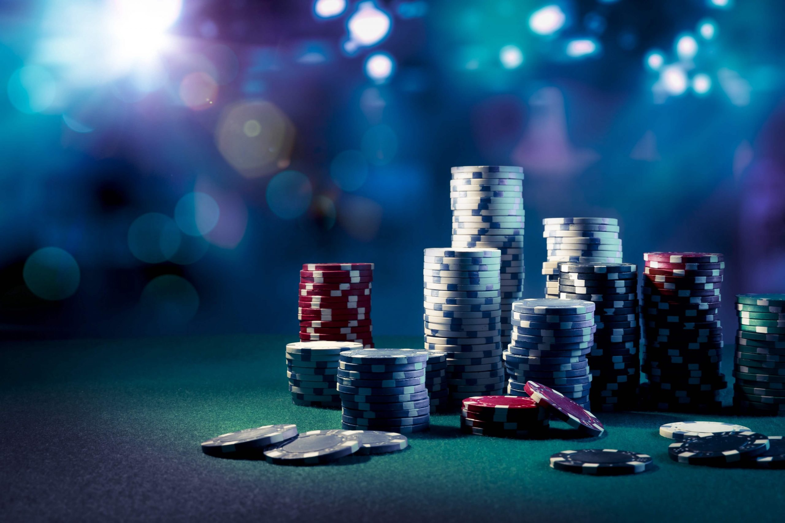 How A Beginner Is Successful In Playing Online Poker