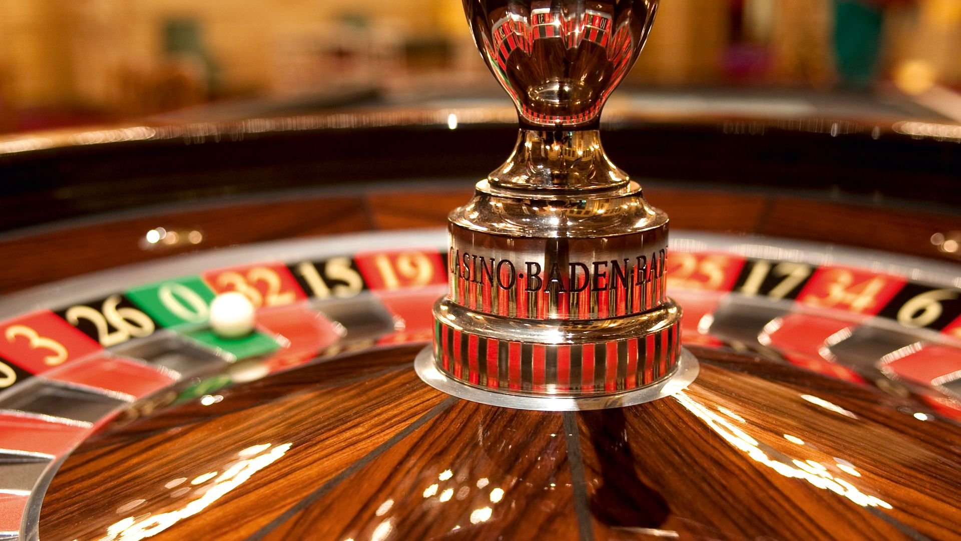 Some of the advantages of playing live casino gambling